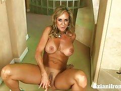 Milf prisiljeni porno video