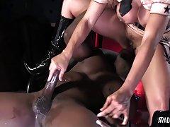 Crvenokosa porno galerija