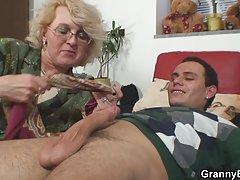 Vruće mame sex porno
