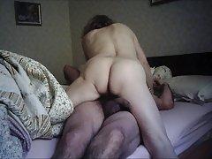 Sluškinja seks videa