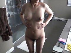 Vrući tuš seks video