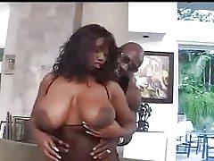 Vruće crne djevojke s velikim guzama porno